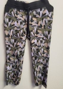 Title Nine Floral Workout Cropped Pants XS